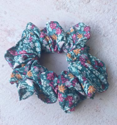 scrunchie_green_miss_lilly